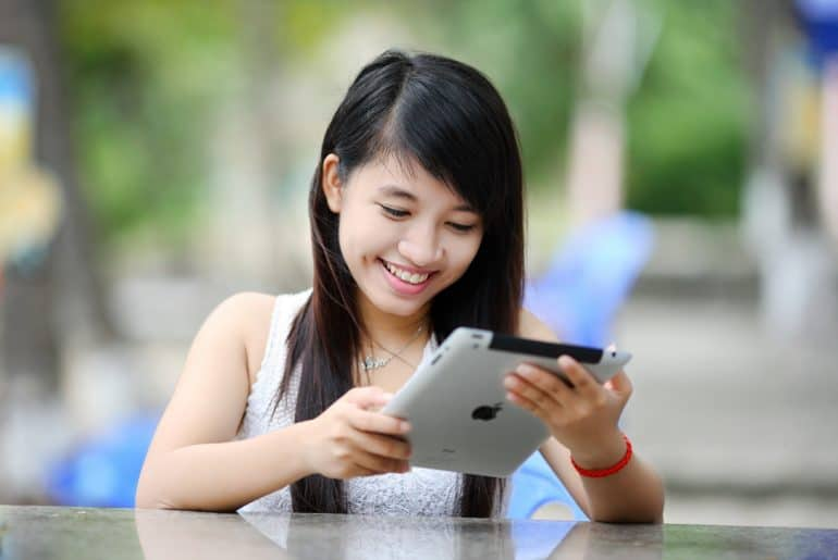 20 Online Jobs for College Students - Upto $45 Per Hour