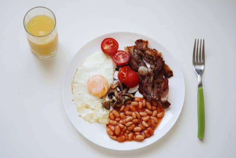 plate of food delivered by DoorDash