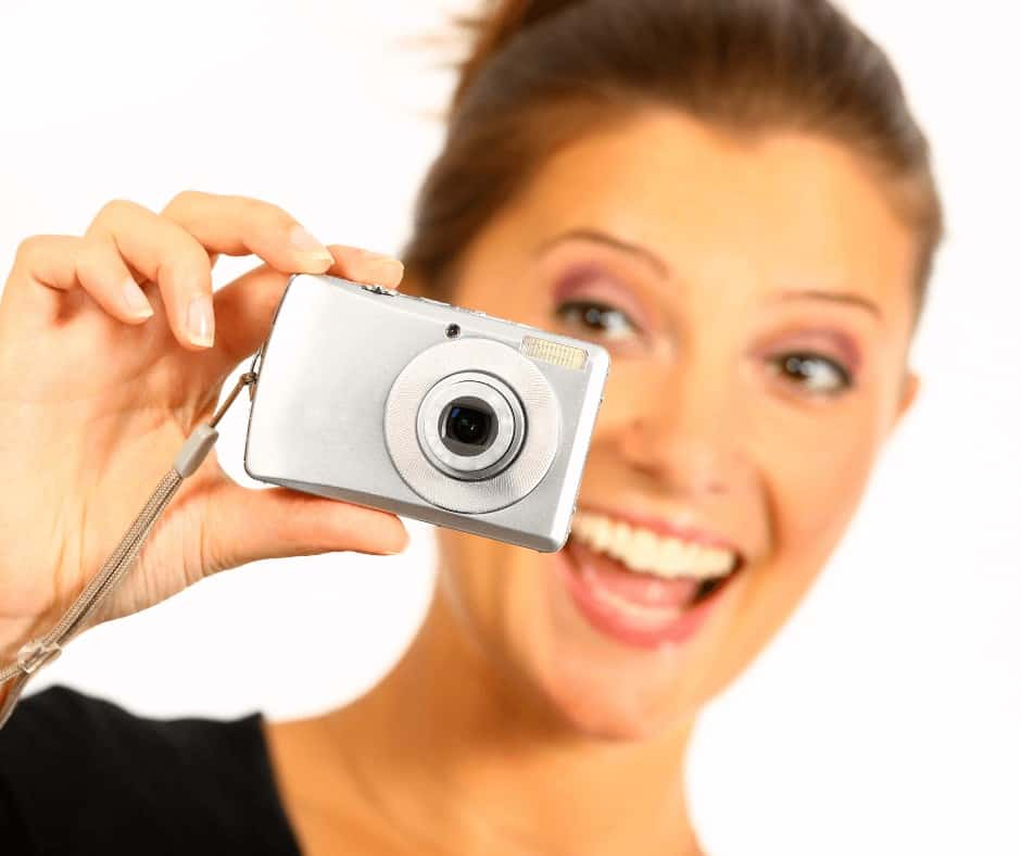 How to Sell Photos Online and Make Money Passively